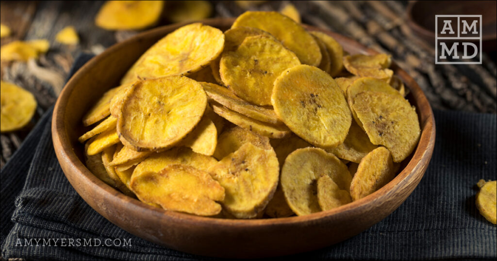 Crispy Plantain Chips with Fresh Kiwi Salsa