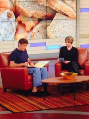 Dr. Myers and Dr. Oz on the set - Amy Myers MD®